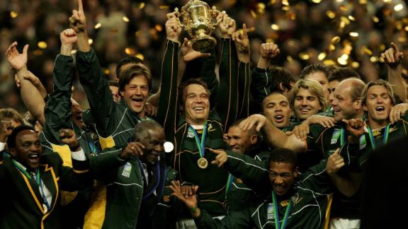 South Africa claimed its second title in France in 2007, defeating England 6-15 at the Stade de France in Paris.