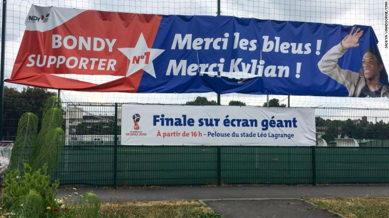 The sign outsite the Bondy futsal pitch reads: 'Thank you les blues! Thank you Kylian!'