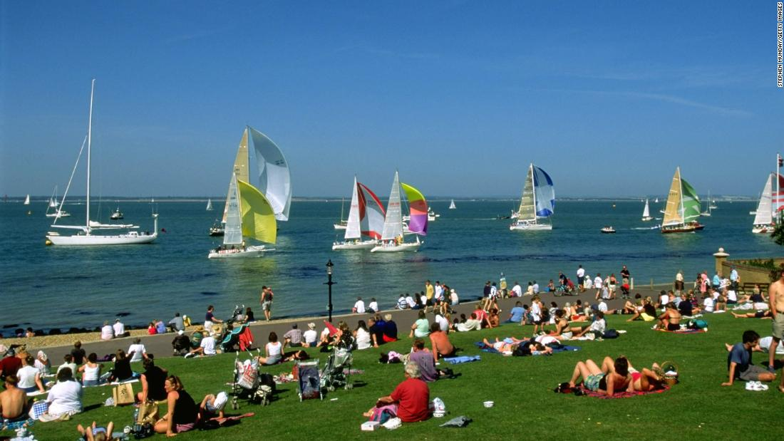 The regatta lasts eight days and attracts over 100,000 visitors to Cowes.