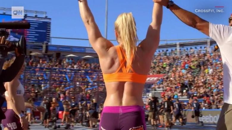 c525ec6f28ab Katrin Davidsdottir  Can CrossFit star regain  Fittest Woman on ...