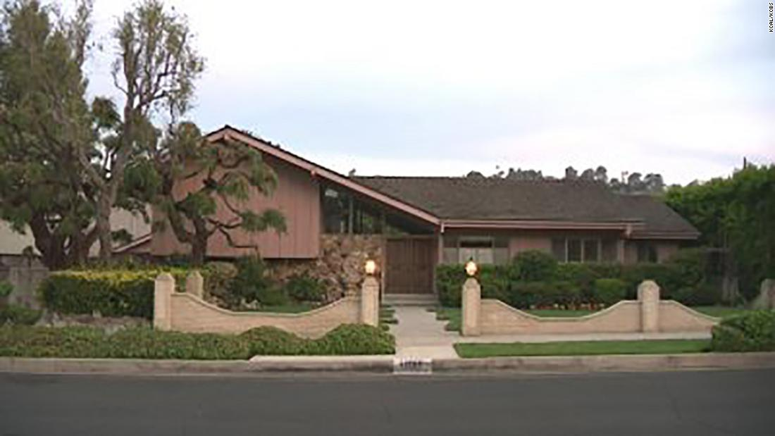 Image result for HGTV is the winning bidder on 'The Brady Bunch' house