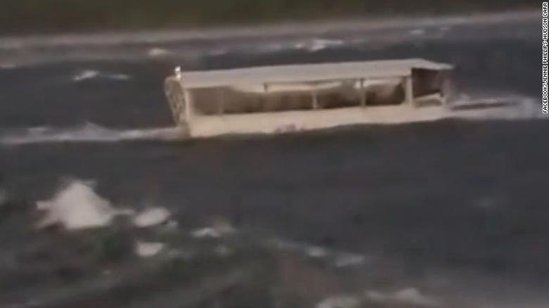 Wondrous Tourists Killed After Duck Boat Capsized Download Free Architecture Designs Embacsunscenecom