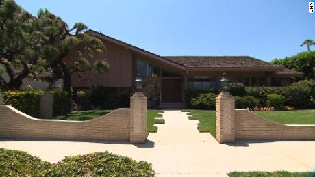 Look inside 'The Brady Bunch' house