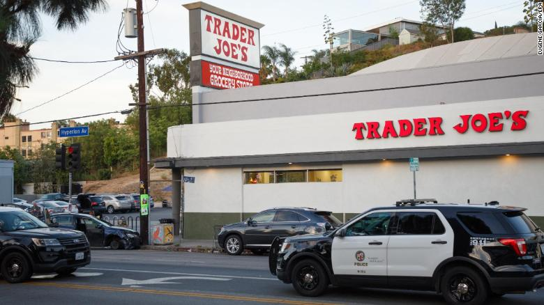 Suspect In Trader Joe S Standoff Identified Bail Set At 2 Million