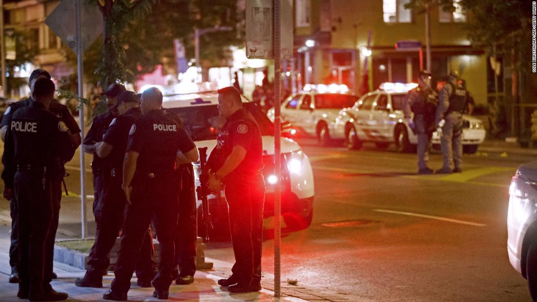 Toronto gunman kills woman, injures 13, police say