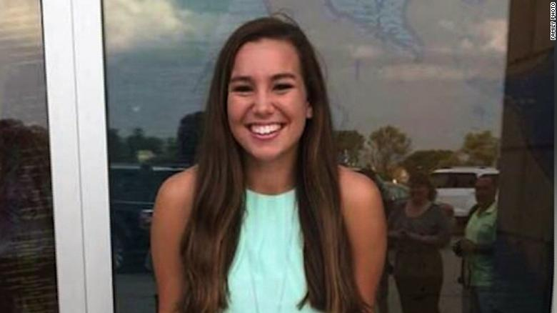 Mollie Tibbetts Went Missing Three Weeks Ago Here S How Her Family