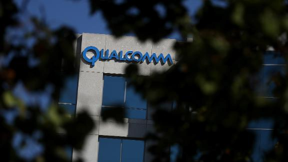 SAN JOSE, CA - NOVEMBER 01:  A sign is posted at a Qualcomm office on November 1, 2017 in San Jose, California. As Apple and Qualcomm remain locked in a lengthy legal battle over patents and royalties held by Qualcomm, Apple is beginning to design prototypes of iPhones and iPads that will use Intel modems instead of Qualcomm modems.  (Photo by Justin Sullivan/Getty Images)