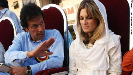 Imran Khan with his then wife, Jemima, on September 16, 2002, during an election rally in Islamabad.