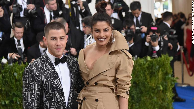 20f4de5106 Nick Jonas and Priyanka Chopra: Fans freaking over reported ...