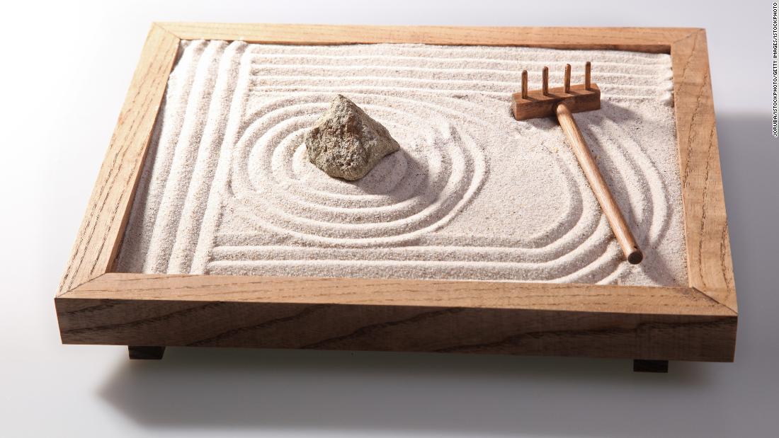 180730145940-underscored-zen-garden-supe