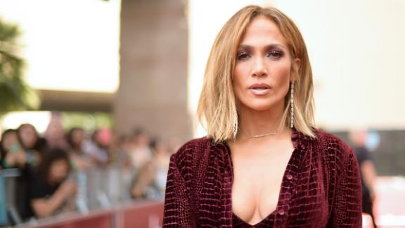 Jennifer Lopez  to receive the MTV