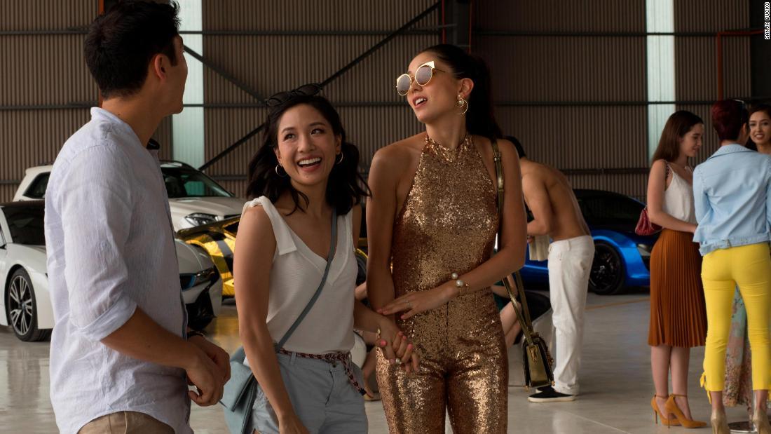 'Crazy Rich Asians' serves up auspicious mix of romance, laughs – Trending Stuff