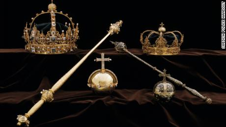 Swedish royal jewels stolen by thieves who fled by speedboat