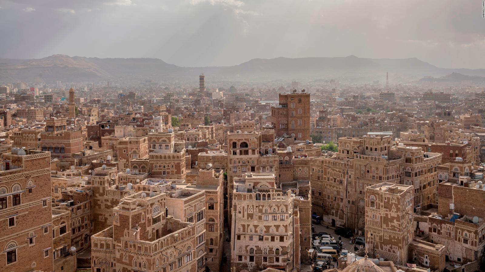 yemen rare drone footage captures life amid the rubble cnn