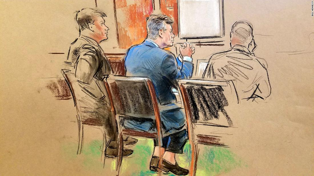 Gates says he and Manafort didn't report 15 foreign accounts, knew it was illegal