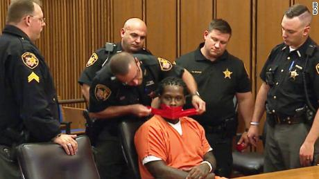 Cleveland judge orders defendant's mouth taped