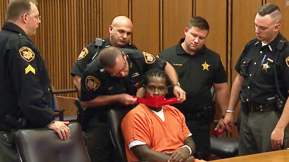 Ohio judge orders defiant defendant's mouth taped during court hearing