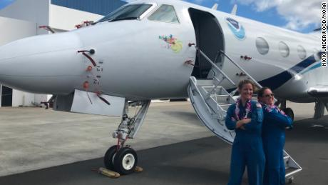 Pilots Rebecca Waddington and Kristie Twining made history on their flight to Hurricane Hector.