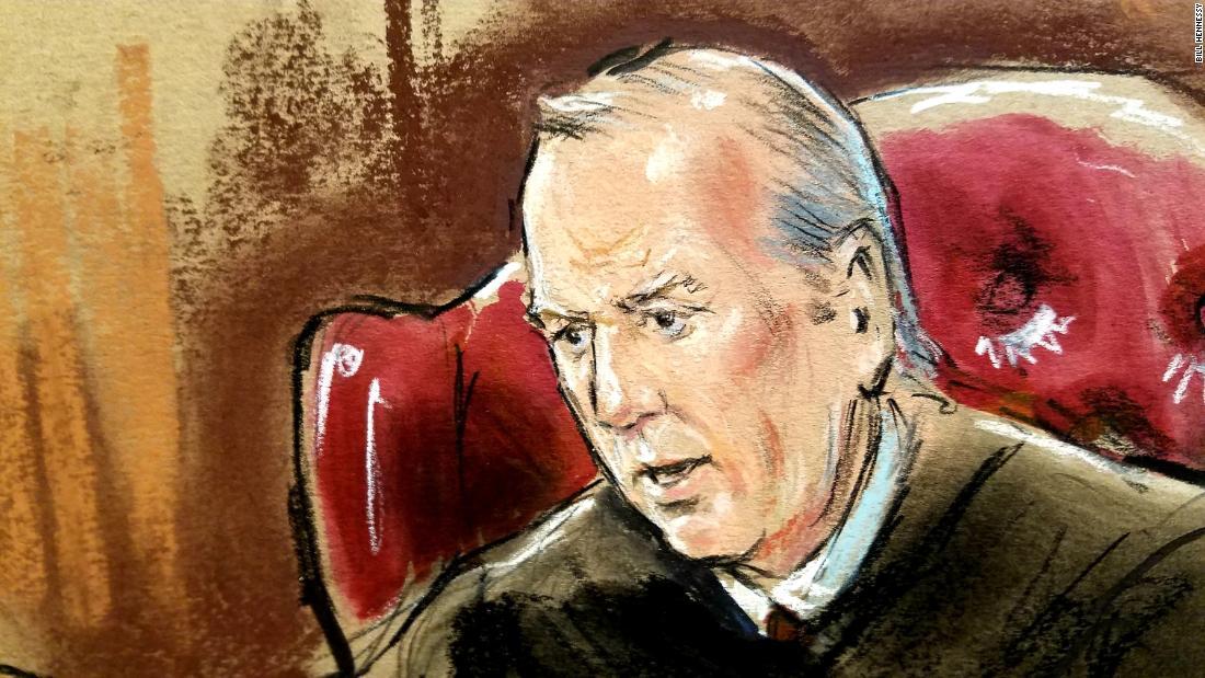 Judge admits error in Manafort trial