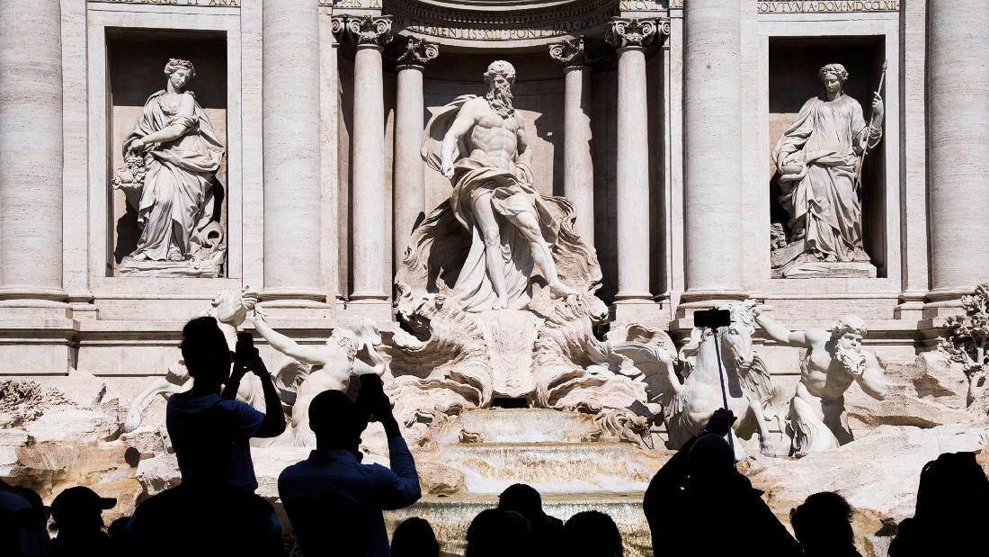 Selfie violence and illegal bathing at Rome's Trevi Fountain