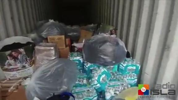 title:  duration: 00:00:00 site:  author:  published:  intervention: yes description: Radio Isla had access to vans that contained water, food, medicine and hundreds of open boxes, many of them with reptile waste and in a state of decomposition. According to sources, the supplies were for the victims of the hurricanes.