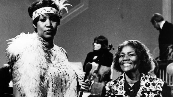 Franklin and Big Mama Thornton perform together onstage on the television series,