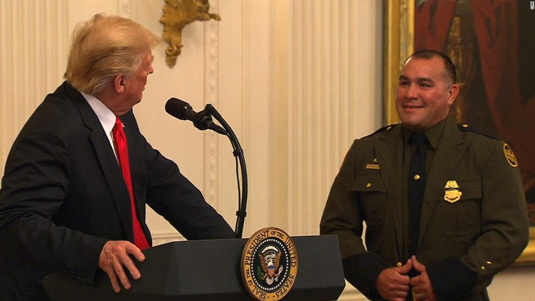 Trump lauds Border Patrol agent for speaking 'perfect English'