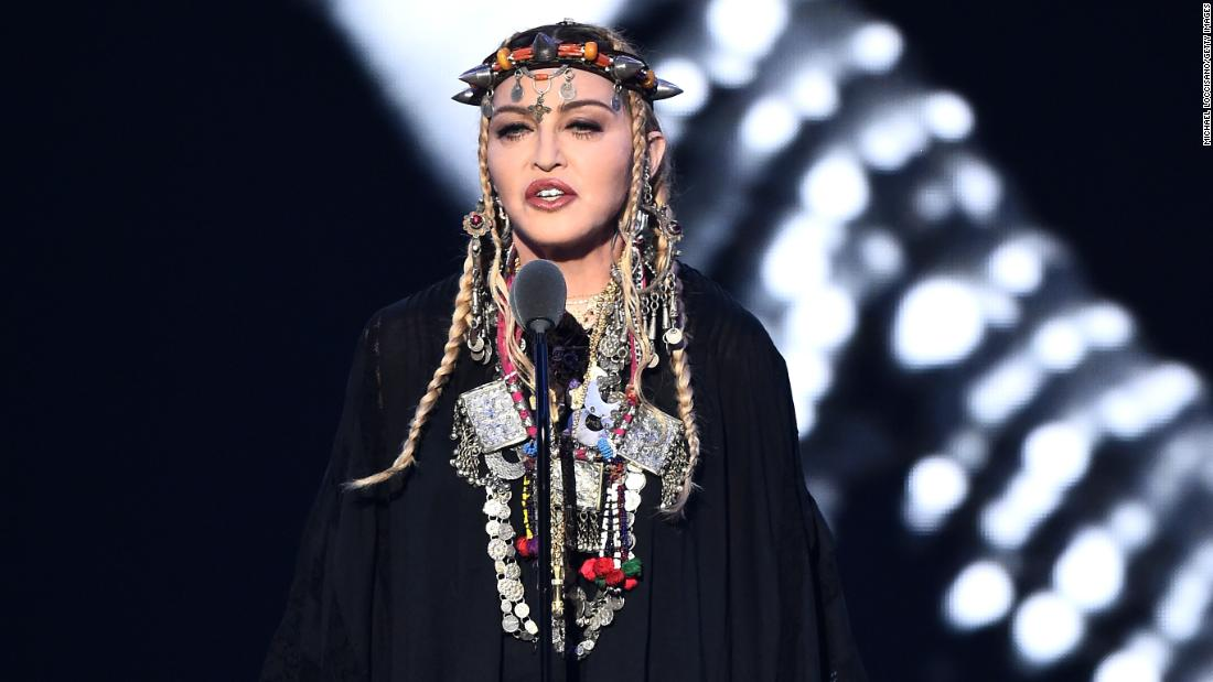 Madonna's sort-of tribute to Aretha Franklin