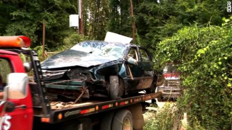 Toddlers survive alone in car days after crash