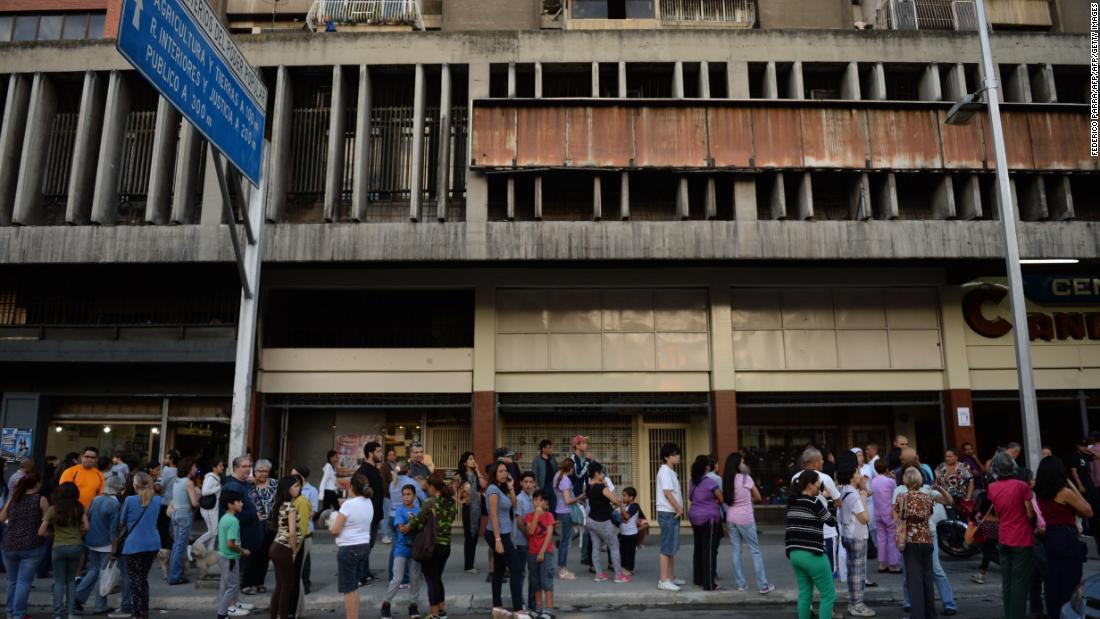 Powerful quake strikes off Venezuelan coast