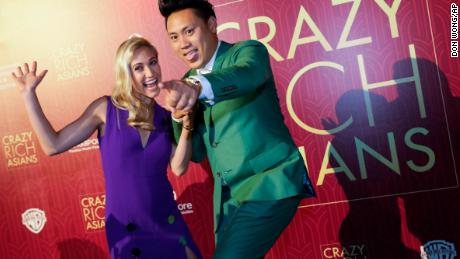 Crazy Rich Asians Plays Well To Hometown Crowd In Singapore Cnn