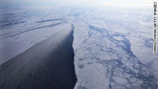 专家警告说,Planet直到2030年才能阻止灾难性的气候变化