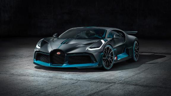 Designers wanted the Bugatti Divo to look distinctly different from its sister car, the Chiron, while still retaining key Bugatti features.