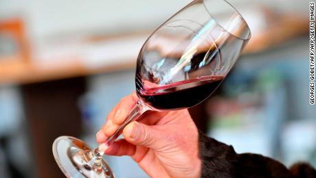 All adults should be screened for unhealthy alcohol use, new guidelines say