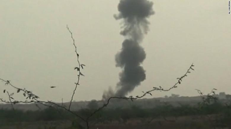 Rebels: Yemen airstrikes kill fleeing families