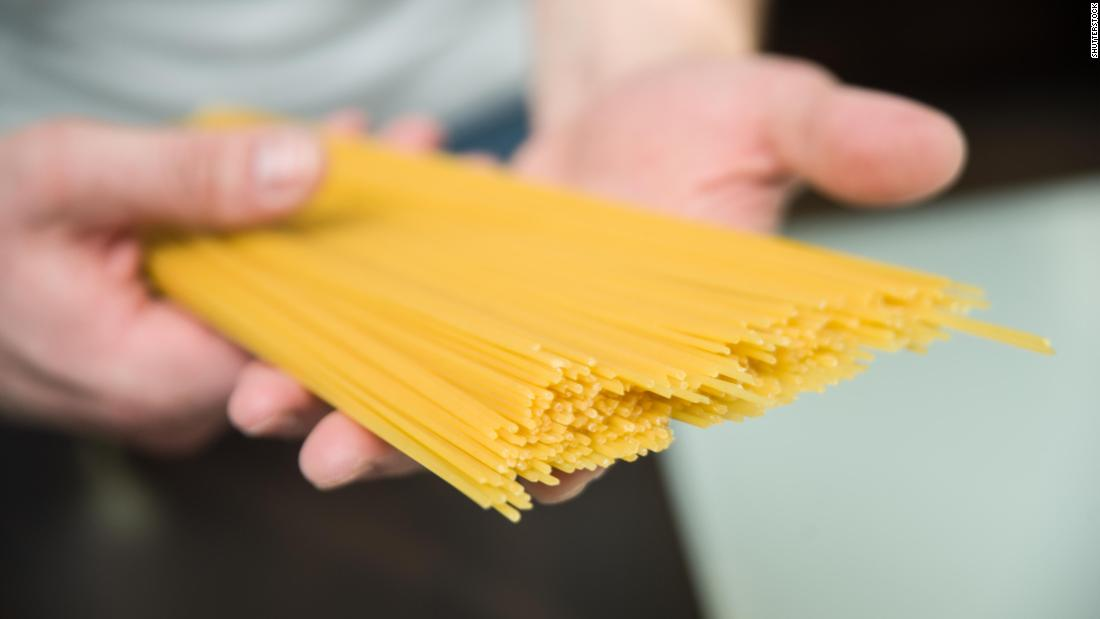 Spaghetti mystery that stumped famous physicist is finally solved