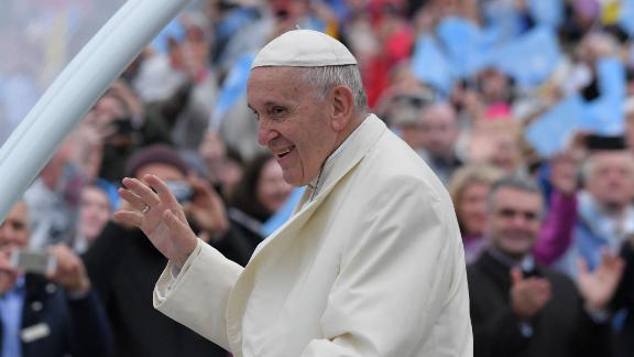 Pope Francis leads the Angelus at the Drum Crescent, Knock, County Mayo on August 26, 2018, on the second day of his visit to Ireland to attend the 2018 World Meeting of Families. (Photo by Tiziana FABI / AFP)        (Photo credit should read TIZIANA FABI/AFP/Getty Images)