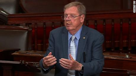 Isakson: Whoever smears McCain deserves whipping