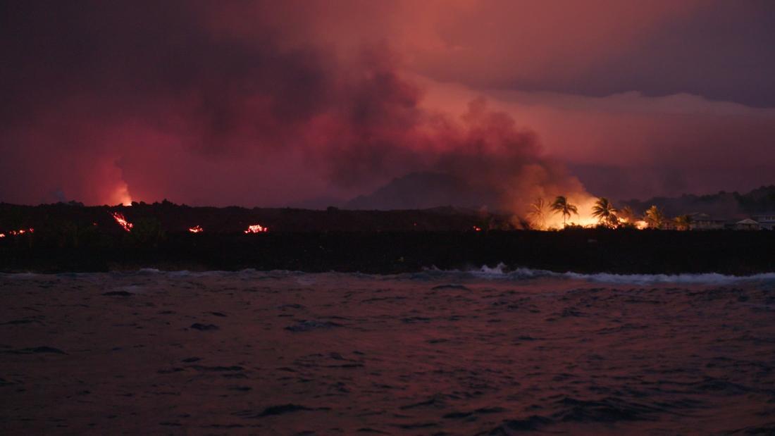 Lava hunter takes you close to erupting volcano