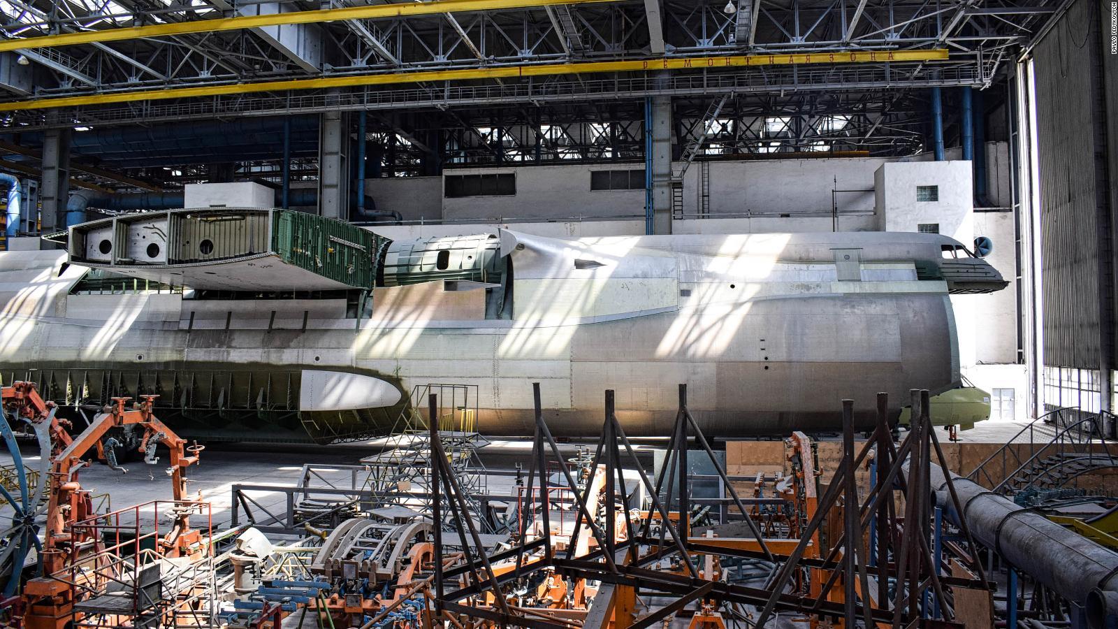 Antonov An-225: Enormous, unfinished plane lies hidden in hangar   CNN Travel