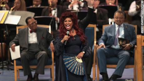 Singer Chaka Khan performs at the funeral for Aretha Franklin.