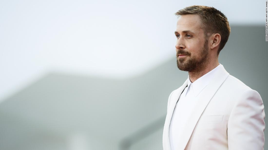 'First Man' star Ryan Gosling responds to flag controversy - CNN Video