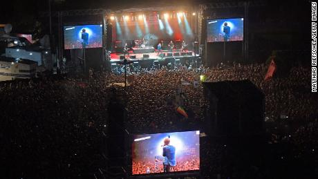 German band Die Toten Hosen performs on Monday night in Chemnitz.