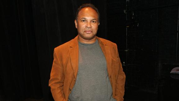 Actor Geoffrey Owens is responded to criticism over his job with Trader Joe