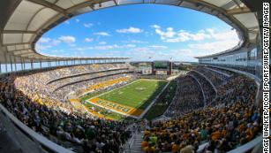 America S Incredibly Expensive College Football Stadiums Cnn