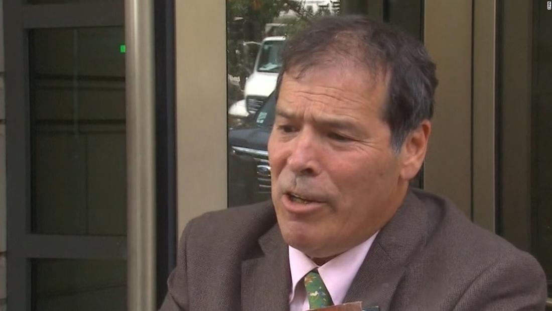 Roger Batu associate membela Departemen Kehakiman jaksa yang berhenti