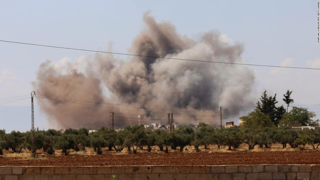 Airstrikes pound Syria's Idlib province