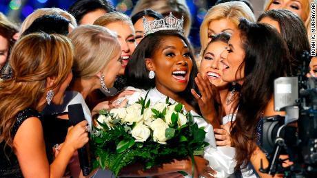 Miss New York crowned Miss America 2019