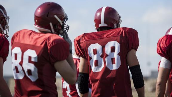 american football; Shutterstock ID 184924244; Project Name: -