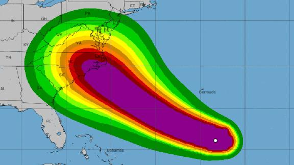 This map shows the likelihood of tropical storm-force winds decreasing gradually from a projected landfall near Wilmington, North Carolina, to between 5% and 10% at its edges.